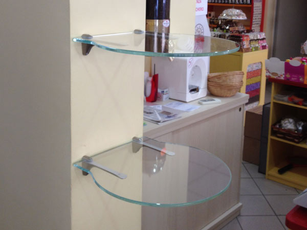 Tavoli in vetro modena sassuolo produzione arredamento - Mensole bagno in vetro ...