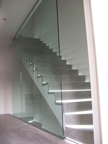 Scale in vetro modena maranello produzione montaggio - Corrimano in vetro per scale ...